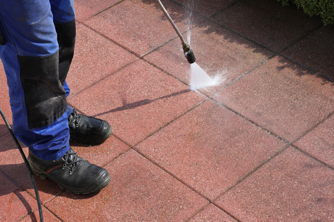 Pressure Washing Concrete | Clean-Coat Portland, Oregon